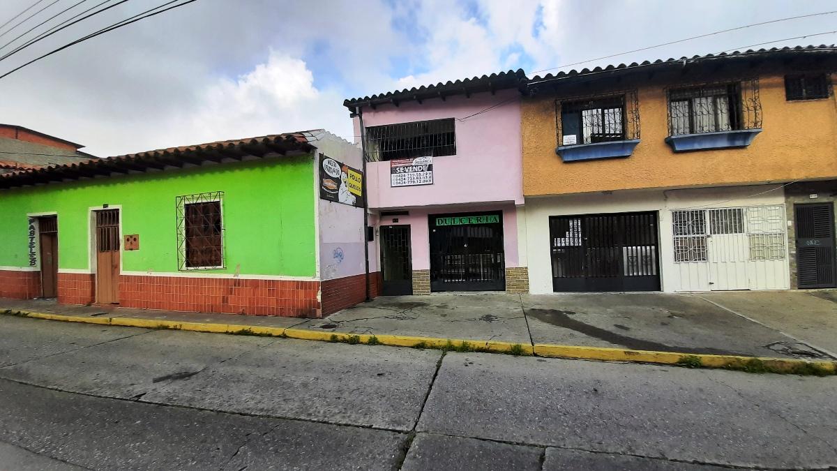 Av. 2 Lora, Centro
