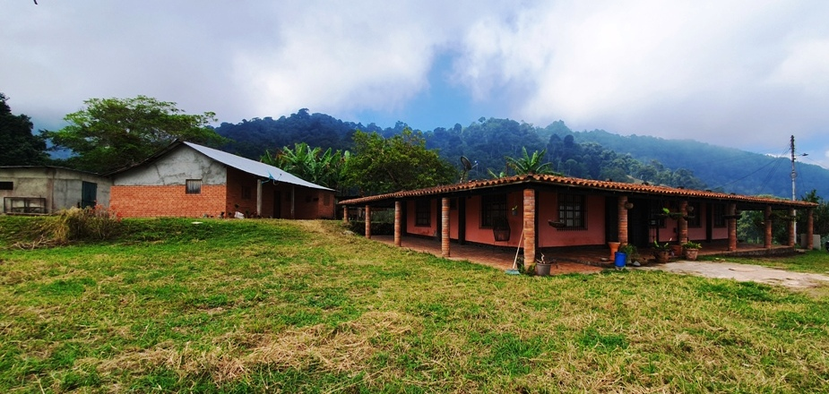 Amplia Finca en Chiguará, Mérida